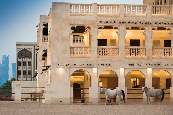 Buntes Treiben in Dohas Souq Waqif