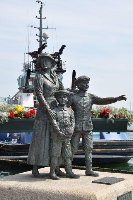 Monument der Auswanderer bei Cobh's Harbour