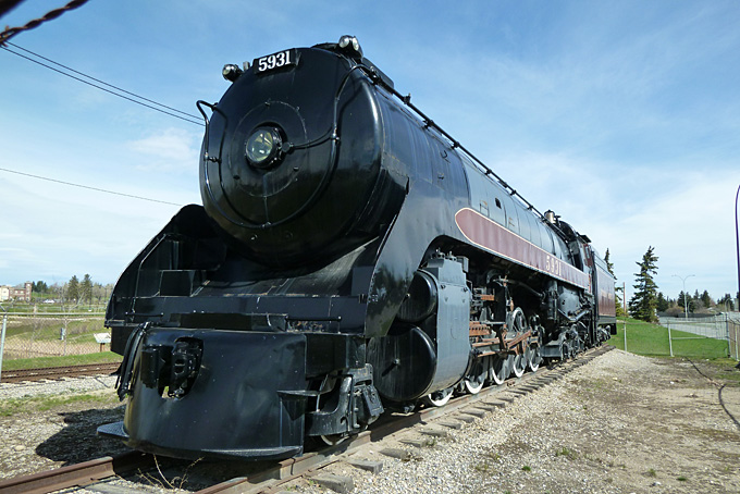 Calgary Heritage Park mit alten Dampflokomotiven…
