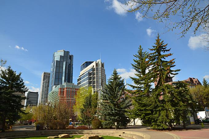 Calgary von «Princes Island Park» aus gesehen