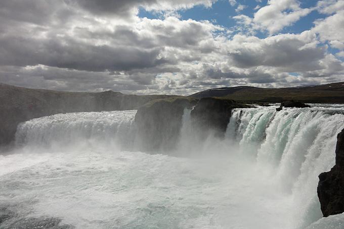 Der beeindruckende Wasserfall Godafoss