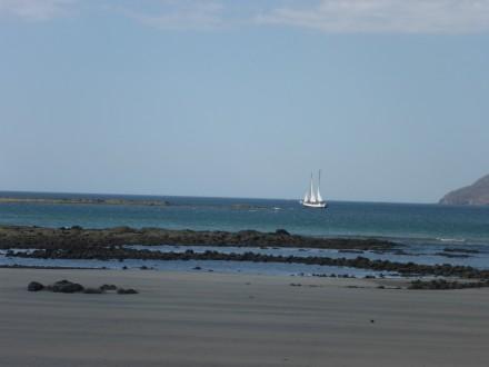 Am Strand beim Hotel Capitàn Suizo