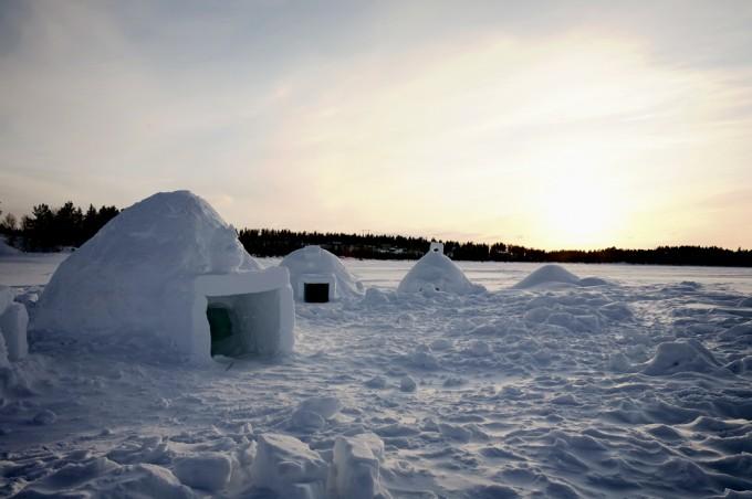 Unterkunft während einer längeren Schneeschuhwanderung