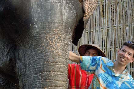 Ich bei den Elefanten