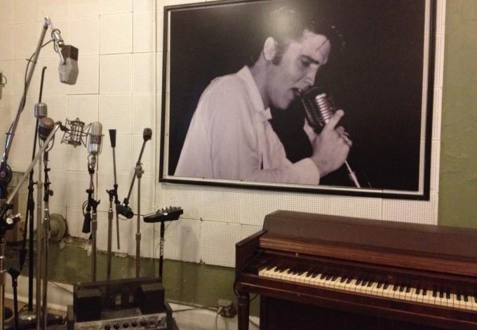 Die original Instrumente von Elvis in den Ton Studios