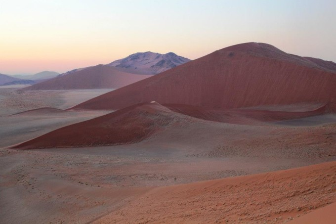 Riesige Sanddünen: Dune 45 in der Sossusvlei Wüste