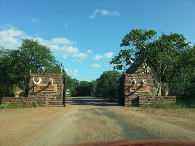 Das Eingangstor des Olifants Rest Camp