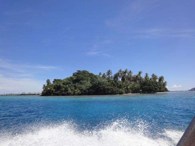 Eines der vielen Motus von Bora Bora