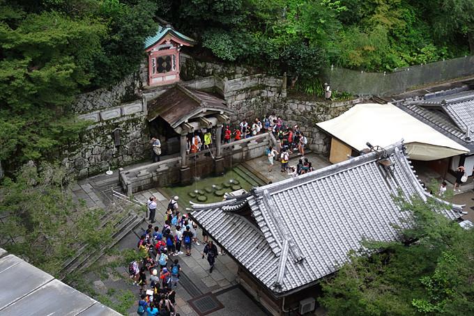 Der Kiyomizu dera Tempel in Kyoto