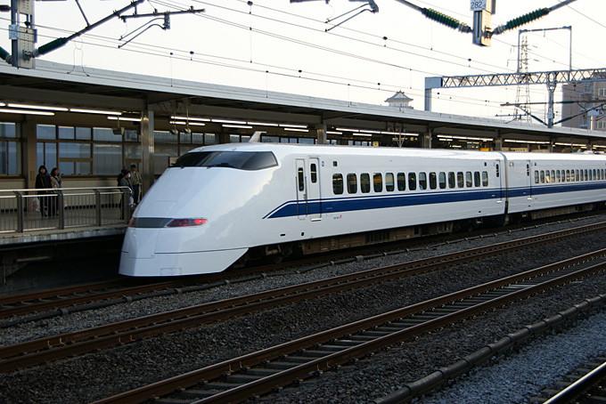 Der Schnellzug Shinkansen (Copyright: Martin Abegglen @ flickr)