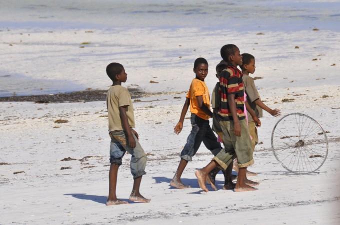 Einheimische Kinder