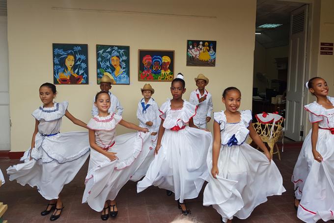 Représentation de danses à Cienfuegos