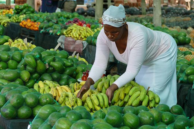 Köstliche Früchte & Gemüse von der Zulu-Dame