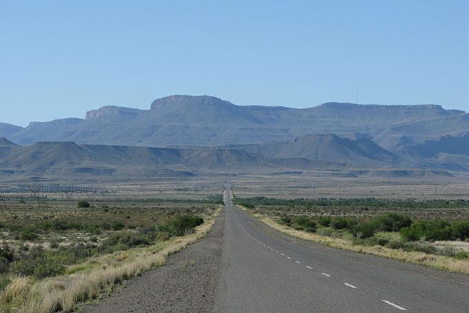 Anfahrt zum Karoo Nationalpark