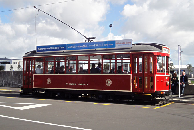 Das Dockline Tram