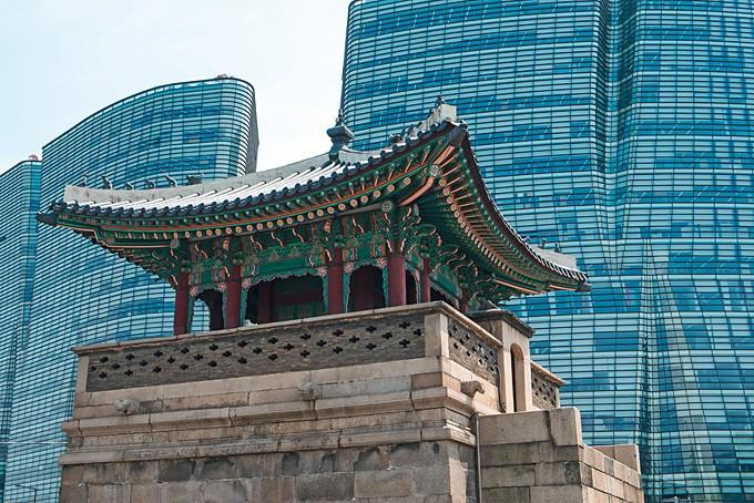 Un contraste architectonique