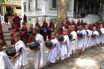 Im Kloster in Mandalay.